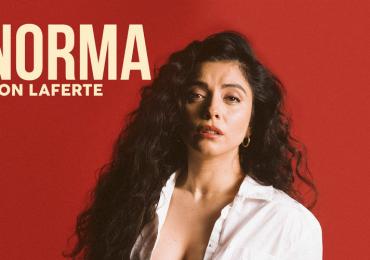 Mon Laferte presenta su álbum más íntimo