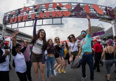 Así se vivió el primer día del 20 aniversario del Vive Latino